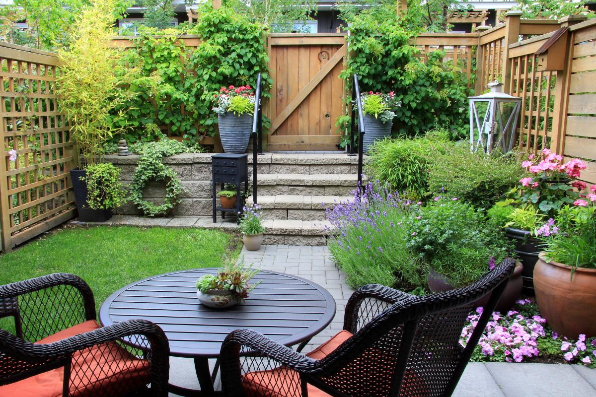 Bonus verde è stato confermato anche per quest'anno. Si tratta di una detrazione Irpef del 36% sulle spese sostenute per sistemare giardini, balconi, terrazzi, giardini pensili e in più in generale delle aree verd